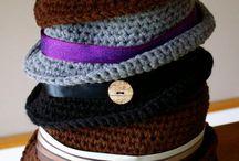 Crochet Hats / Allemaal gehaakte hoedjes en petjes