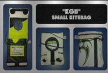 """""""KGB"""" - Small Kitebag / Borsello a tracolla, piccolo, con chiusura a velcro. Dotato anche di una tasca posteriore esterna. Ideale per portare telefono, portafoglio e chiavi."""