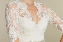 Wedding Dresses / by Clever Wedding Ideas