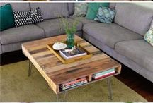 DIY with Pallets / Pallets are all the rage right now, find lots of fun projects here to reuse your pallet wood!