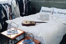 ~room~ / room