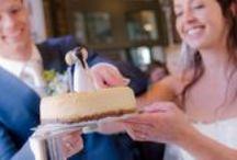 Taarttoppers / Caketoppers / TaartPopje biedt handbeschilderde taarttoppers voor (bruids)taarten en cupcakes.  Leuk als kado voor bruiloft, jubileum of verjaardag.