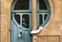 Fenêtres et Portes / Des portes, fenêtres etc