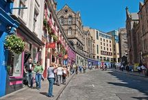 Royale Mile / The Royal Mile in Edinburgh, Scotland.