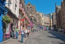 Royale Mile / The Royal Mile in Edinburgh, Scotland.