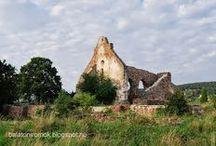 Templomromok a Balaton környékén / Megannyi Árpád-kori, közép kori vagy akár nem is olyan régi romtemplom a Balaton tágabb környezetéből. Jó kirándulási célpont lehet bármelyik.