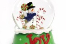 Snow Globes / by Sandra Sizemore
