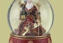 SNOW GLOBES PHOTOS