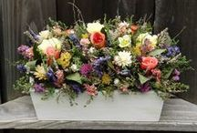Floral Arrangements, Centerpieces, Wreaths / Crafts and decorations for everyday, gifts or holidays.