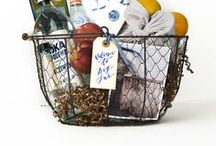 Wedding favors & gift bags / Something to give your guests.