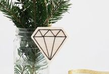 kerst // christmas / wood + xmas, christmas, winter, holidays, christmas tree, christmas deco, and also some reindeers, winter pictures, and christmas quotes