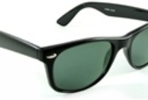 Wayfarer Sunglasses / Styles Back from Dead, look so good and retro. Original Wayfarer styles are talk of the town.