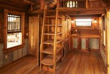 Woody Wooden Interiors / Discover Interior design ideas with woods.