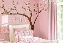 A little girl's dream room