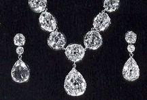 Monarchy Jewelry / Important jewelry you've dreamed to wear.