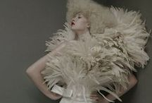 FANS FEATHERS  & TIMELESS ICONS / TIMELESS FASHION SHOTS