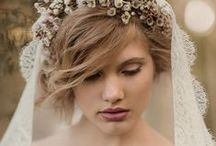Bridal hair inspiration / Whether your hair is long, medium length or short here's a range of do's for some wedding hairstyle inspiration.