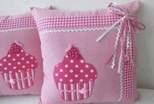 Pillows idea ♡♡ / by Hanna Kropkowska