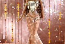 barbie w eleganckich sukienkach / o lalkach w eleganckich sukienkach