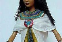 lalki ozdobione biżuterią / o lalkach z egiptu