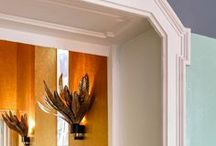Decorative elements / Cornices, mouldings, crown mouldings, overdoors, etc.
