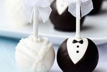 Pretty Wedding Desserts & Candy Stations / Cupcakes, cakes, pies, ice cream...