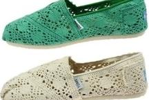 toms hollow shoes