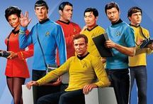 Star Trek. Beam Me Up! / Star Trek. Find fun Star Trek photos, funny Star Trek humor, red shirt jokes, Picard and Kirk, Trekkie humor, Janeway, Spock, favorite quotes and more. Scotty, Beam Me Up!