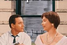 The Apartment (1960) / An ambitious insurance clerk's fast track to an executive suite gets derailed when he becomes involved with his boss's latest girlfriend.