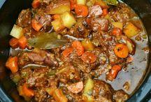 Slow cooker & freezer meals