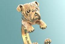 English Bulldogs Love Tiny / English Bulldogs Love Tiny. www.TinyBling.etsy.com