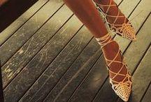 Sapatos/Shoes / Tendências e coleções Happy Walk. High fashion acessível para todas as mulheres.