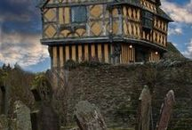 Castles / To visit next summer start Worcs,then Hereford, then Wales 2015.