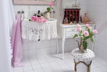 shabby chic vintage bathrooms