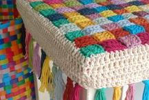 Crochet For the Home / Cushions, floor rugs, chair covers, mason jar cozies, coasters and more! A selection of our favourite crochet inspiration and patterns.