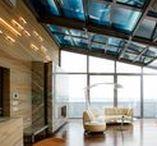 Glasschiebedach in Moskau / Wintergarten mit einem OpenAir-Glasschiebedach auf der Dachterrasse eines innerstädtischen Moskauer Hochhauses. Die Grösse des Wintergarten ist 1000 x 730 x 490 cm (B x T x H).  Die senkrechte Verglasung wurde mit elektrochromen Gläsern zur Steuerung von Duchsicht und Sonnenschutz ausgestattet.