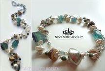 NEW ENERGY JEWELRY crystal energy necklaces / Edelstein-Energieketten
