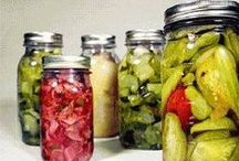 Vegetable Pickles / PICKLES...it's not just for cucumbers anymore!