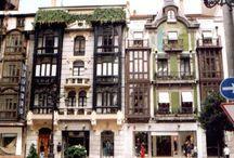 Ciudades de España / Con mar o vegetación
