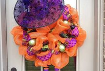 Wickedly Wonderful WREATHS / Wickedly Wonderful WREATHS / by Michelle Curtis Cammarata