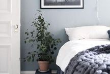 Off to Bed / Bedroom styling ideas to give your guests a memorable stay
