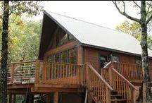 The Cliffhouse Cabin / Broken Bow, OK