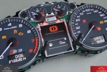 Naprawa licznika Audi / Liczniki Audi, które trafiają do nas na naprawy.  Naprawiamy zegary w Audi A2, Audi A3, Audi A4, Audi A5, Audi A6, Audi A7, Audi A8, Audi Q3, Audi Q5, Audi A7, Audi TT, Audi R8 - każdego typu. Wymiana wyświetlaczy FIS LCD, naprawa wskaźników, wymiana procesorów. Gwarantujemy ekspresowe terminy i najwyższą jakość napraw.