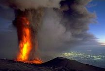 Etna / Etna: the largest of the three active volcanoes in Italy. Villa Rica organizes excursions to the Mt Etna