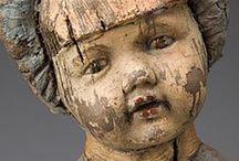 oude poppen / by Mildred Bulckaert
