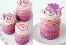Cakepops & Mini Cakes / Petit Fours / by Lydia F Kaskowski