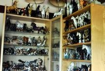 Shelf Horse Art / I Love collecting all kinds of Shelf Horses. / by Leslie Bowen