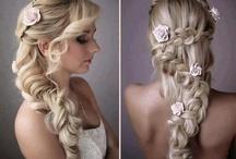 Hairstyles & Nails / by Miryan