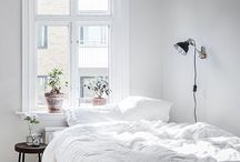 White Comfy Messy Beds / Just a whole bunch of gorgeous comfy white beds you want to jump into.