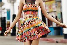 Street Style / Compartilhamos aqui a moda de rua que nos inspira e nos ajuda a criar coleções de estampas incríveis a cada estação!